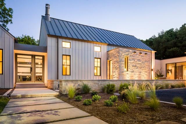 Modern Farmhouse In Dallas, Texas
