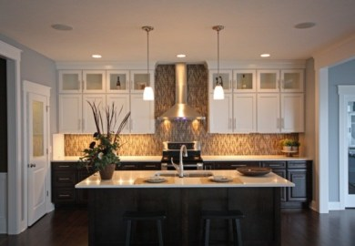 Kitchen Cabinets Dark On Bottom