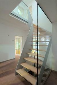 Wood Corner Stairs