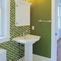 Moroccan Bathroom - Green and white - painted stencil on ...