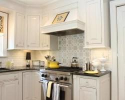 Best White Kitchen Backsplash Design Ideas & Remodel ...