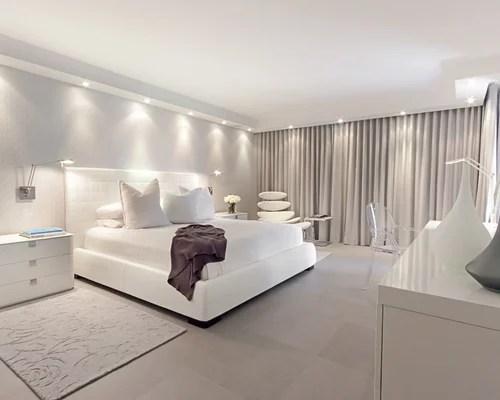 Chambre moderne avec un sol en carrelage de porcelaine  Photos et ides dco de chambres