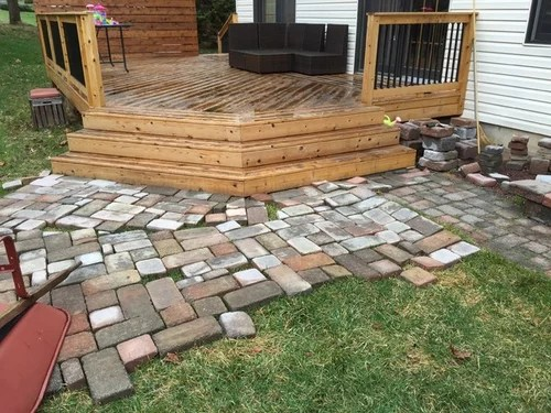 to lay pavers off angled deck steps