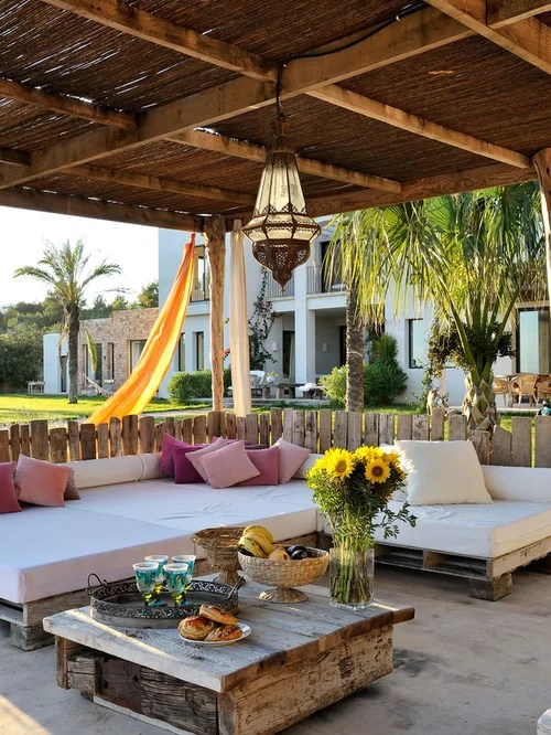 Mediterranean Front Porch