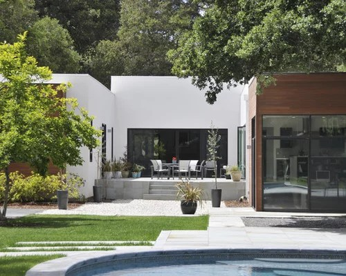 UShaped House Courtyard Home Design Ideas Pictures Remodel and Decor