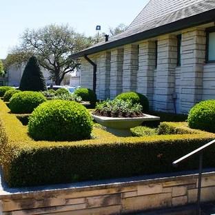 popular church landscaping