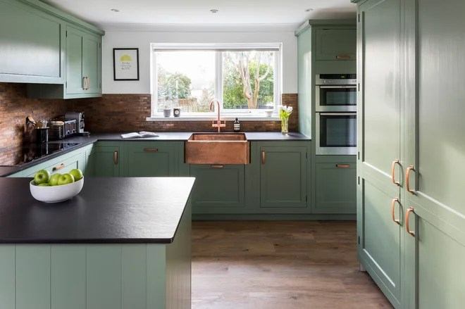 Farmhouse Kitchen by Woods of London ltd
