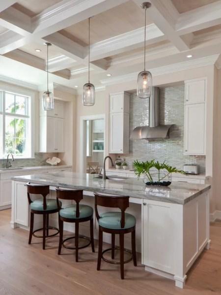 coastal style kitchen Best Beach Style Kitchen Design Ideas & Remodel Pictures | Houzz