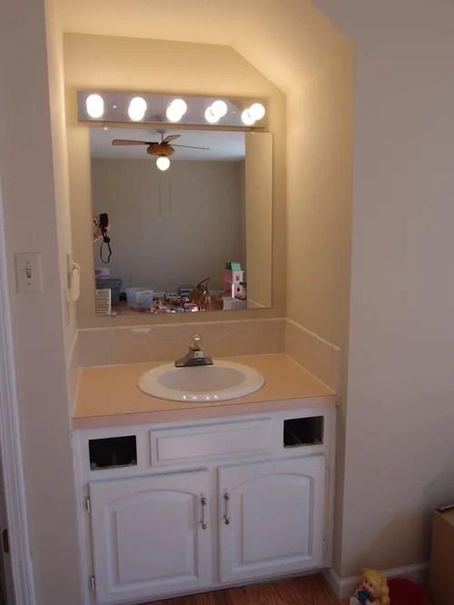 sink vanity in bedroom making it fit in