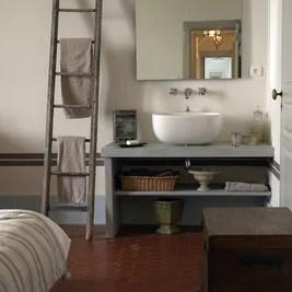 Кантри Ванная комната by Décoration et provence