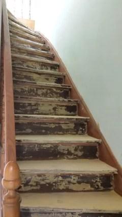 Escalier A Renover Peinture Ou Poncage