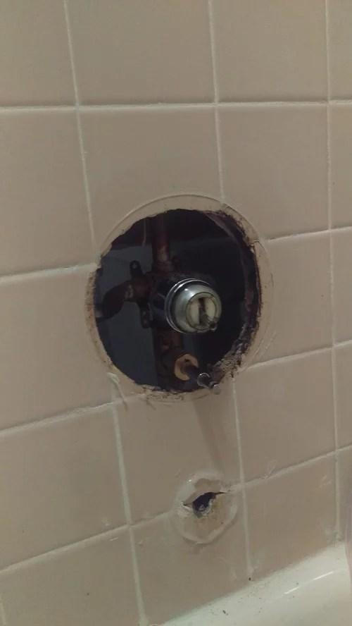 replacing bathtub faucet diverter valve