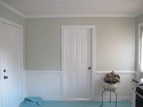 Repainting walls below newlywhite chairrail best color