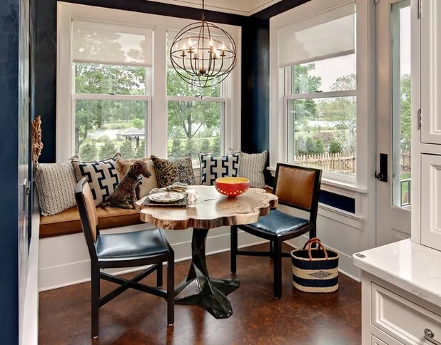 corner bench seating for kitchen cabinet images 最受欢迎的十大新趋势 餐厅的照片 长装网 长沙装修平台 别致的角落 在明尼阿波利斯的这个厨房角落里展示的房子是一个很好的例子充分利用有限的空间 设计45一个内置的长椅上配备了各式各样的舒适和时尚的枕头