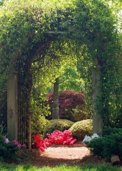 14 Enchanting Fairytale Gardens