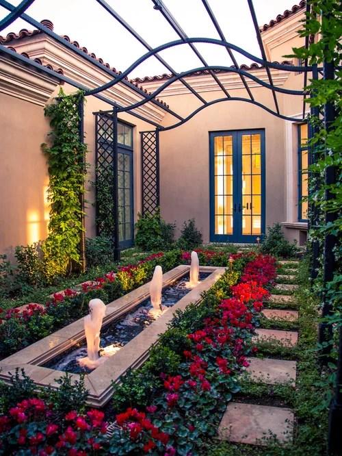 mediterranean courtyard design