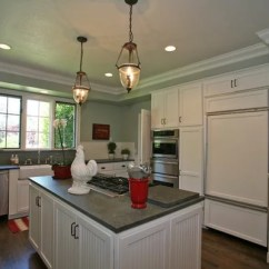Charlotte Kitchen Cabinets With Legs Bulkhead Crown Home Design Ideas, Pictures, Remodel And Decor