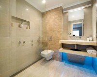 Small Luxury Bathroom Home Design Ideas, Pictures, Remodel ...
