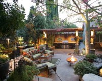 Backyard Entertainment | Houzz