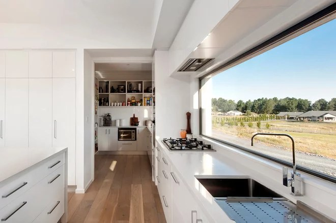 Contemporary Kitchen by Plan It Green