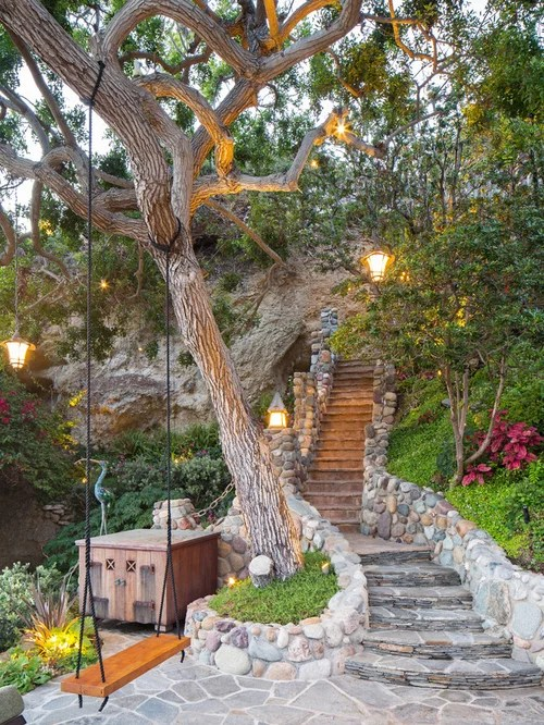 Uphill Garden Design Ideas Renovations & Photos