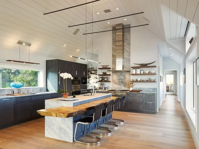 Midcentury Kitchen by BERG DESIGN ARCHITECTURE