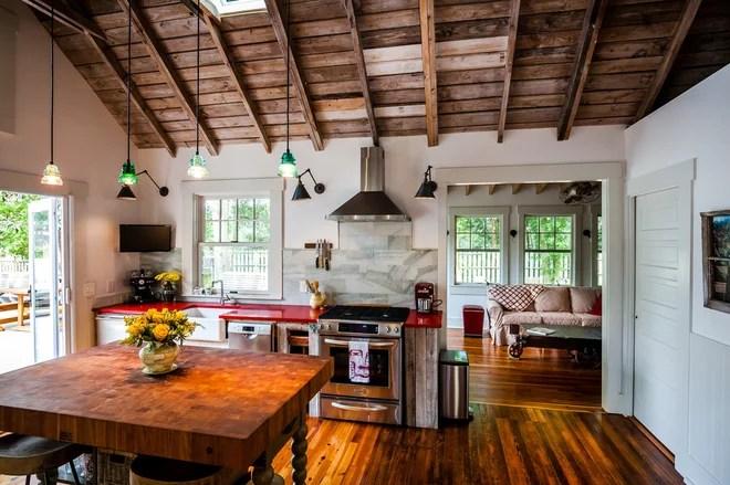 Farmhouse Kitchen by Dandeneau Architecture P.L.L.C.