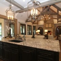 75 Most Popular Rustic Houston Kitchen Design Ideas for