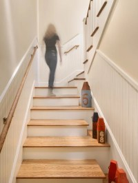 Enclosed Staircase | Houzz