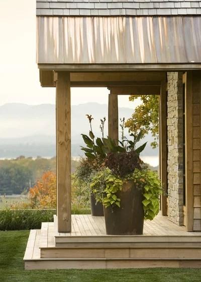 In Montagna Ingresso by TruexCullins Architecture + Interior Design
