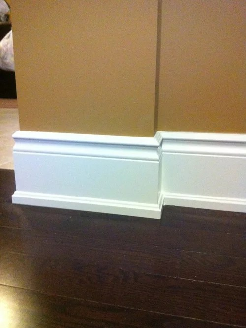 Best Colonial Baseboards Design Ideas  Remodel Pictures  Houzz