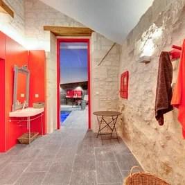 Классический Ванная комната by Hadrien BRUNNER Photographe d'architecture