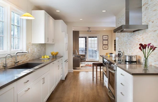 Contemporary Kitchen by Kelly Taylor Interior Design