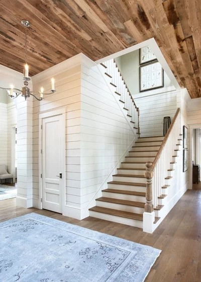 Traditional Staircase by Markalunas Architecture Group