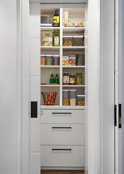 Contemporary Kitchen by Casa Perfecta Inc