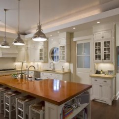 Kitchen Cabinet Lighting Ideas Mobile Island Above Houzz Traditional Idea In New York With Wood Countertops