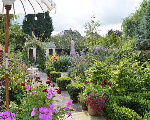 Medium Sized Garden Design Ideas Renovations & Photos