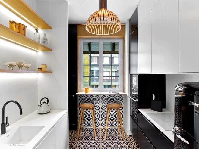 Contemporary Kitchen by Eddy COEURVOLAN Cuisine Designer