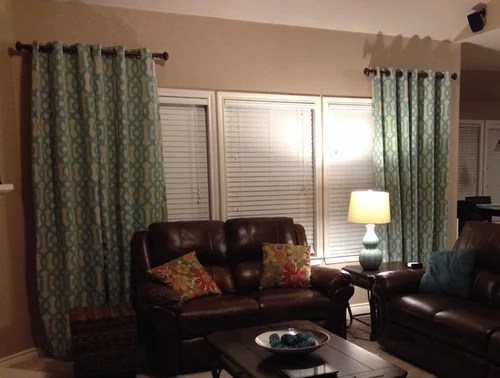 how wide should short curtain rods be