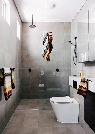 Contemporary Bathroom by Decoroom