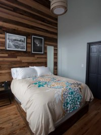Reclaimed Wood Walls Ideas, Pictures, Remodel and Decor