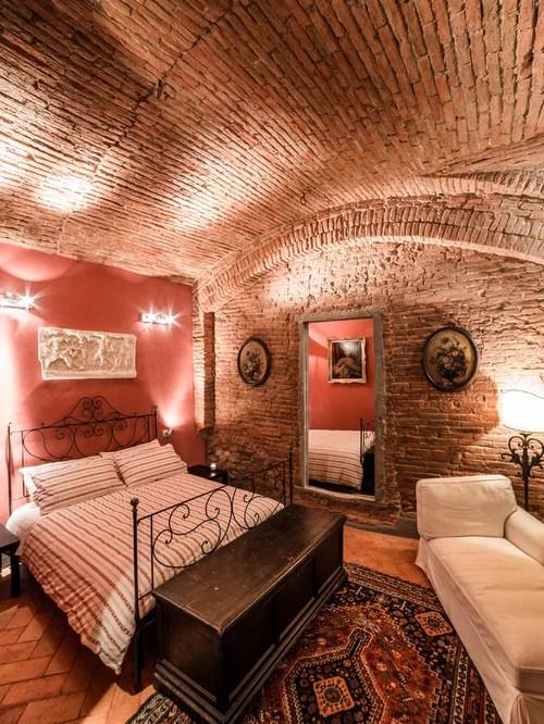 Chambre Brique Rouge la brique rouge l ment d co principal du loft contemporain mur en briques
