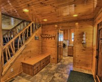 Rustic Entryway Design Ideas, Remodels & Photos with