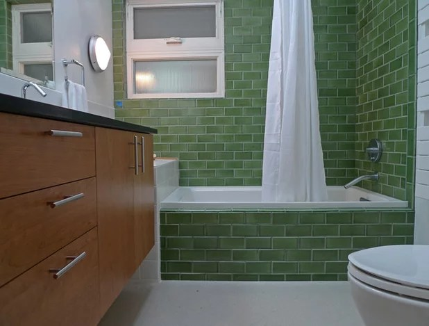 bathroom surfaces: ceramic tile pros and cons