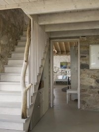 Cottages Staircase Design Ideas, Renovations & Photos