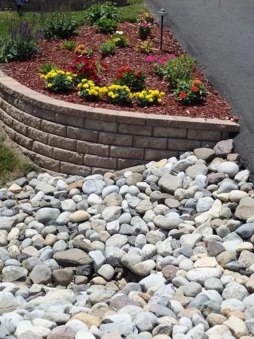 decorative landscaping river rocks