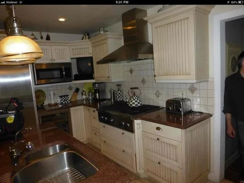 Let's find you cabinet painters. Refinishing Kitchen Cabinets Professionally Expensive