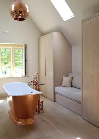 Contemporary Bathroom by Richard Parr + Associates