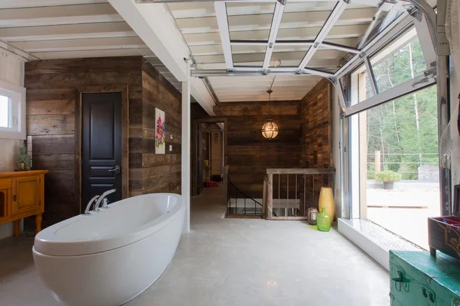 Industrial Bathroom by Les Collections Dubreuil
