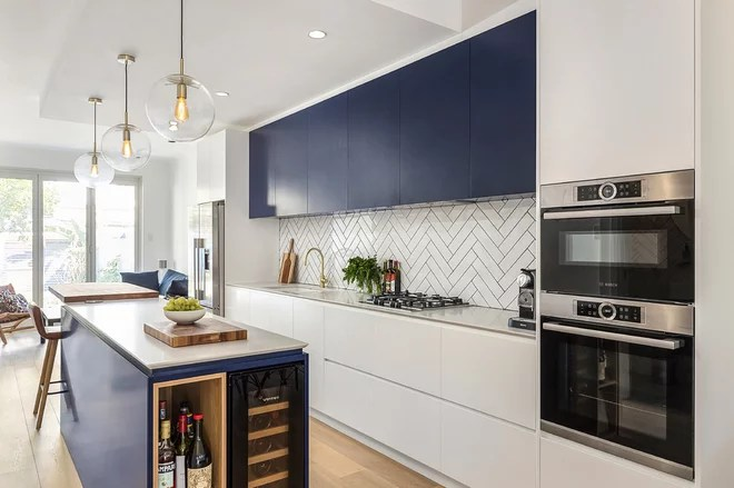 Contemporary Kitchen by Blakes of Sydney